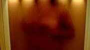 Photos des seins de Dragonsexy, sous la douche