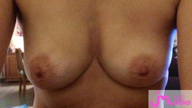 Photo des seins de Coupleheureux