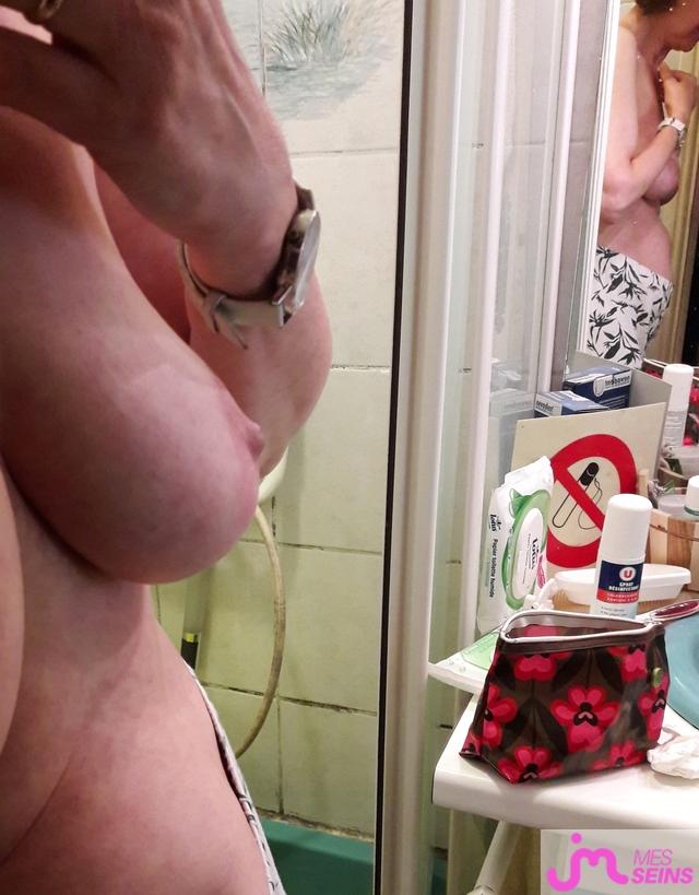 Photo des seins de Droopyne