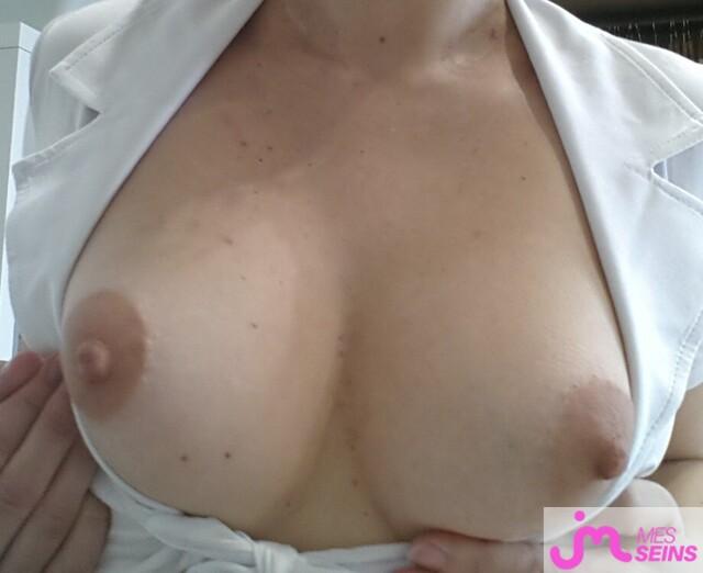Photo des seins de Jolielys