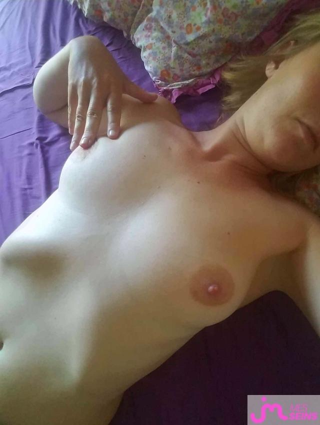 Photo des seins de Sidy